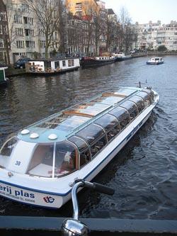 Moverse en Barco o Tren por Amsterdam