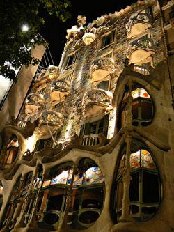 Ruta Modernista de Barcelona - Gaudi y sus Contemporaneos