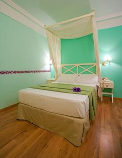 Servicios del Hotel Suites Gran Via 44