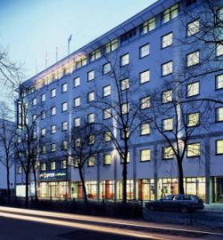 Hotel Express By Holiday Inn Berlin de