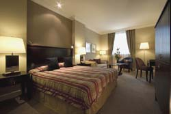 Reservar Hotel Corinthia Grand Hotel Royal