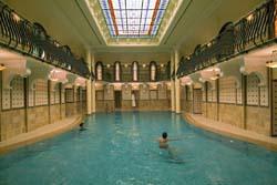 Servicios del Hotel Corinthia Grand Hotel Royal