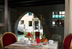 Reservar Hotel Liassidi Palace