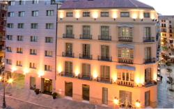 Hotel Molina Lario  de