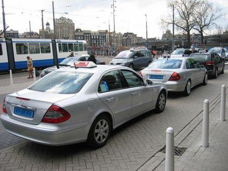 Taxi del Aeropuerto a Ámsterdam